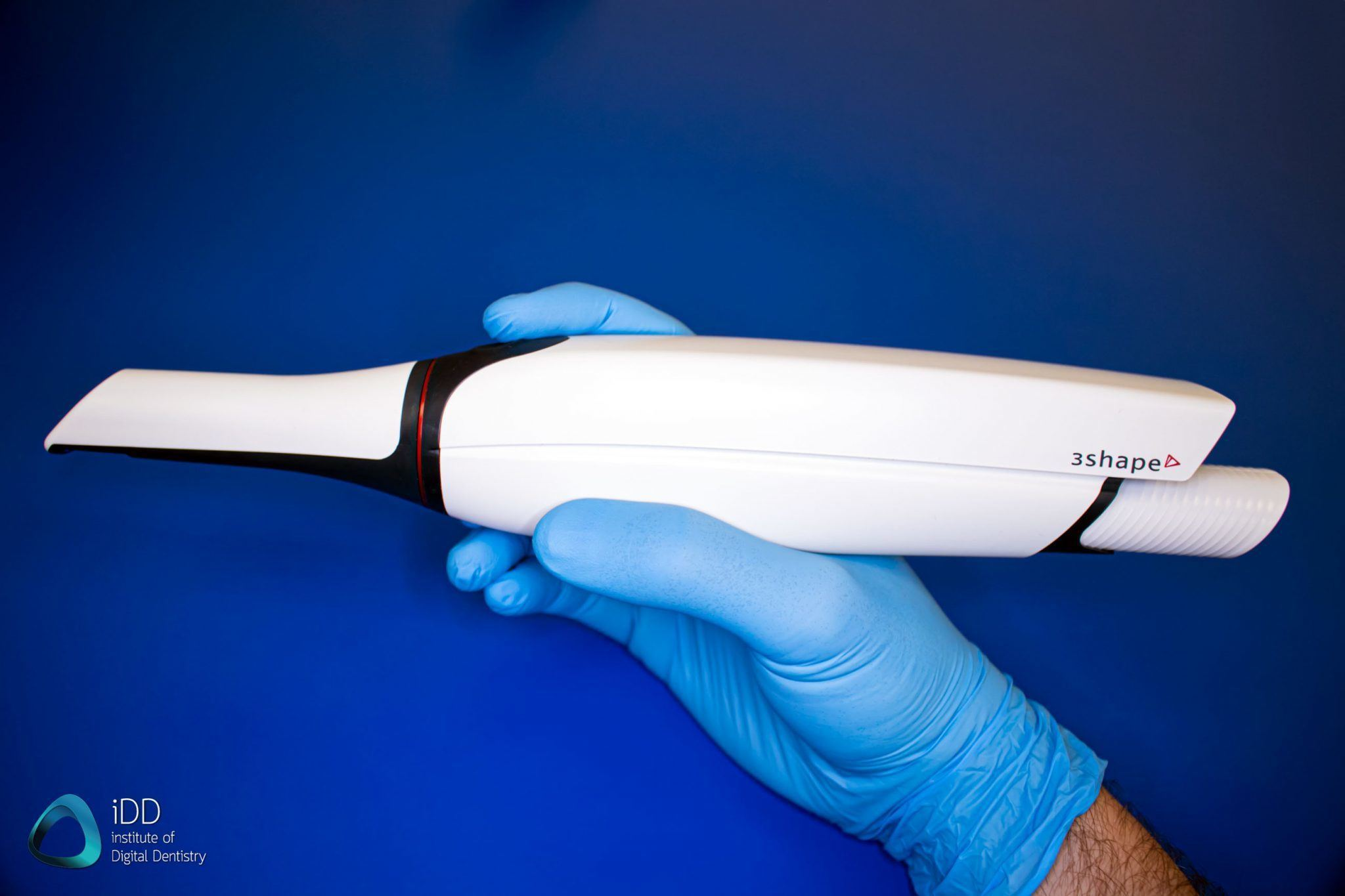 3shape-trios-4-review-ergonomics-scanner-handheld-institute-of-digital-dentistry