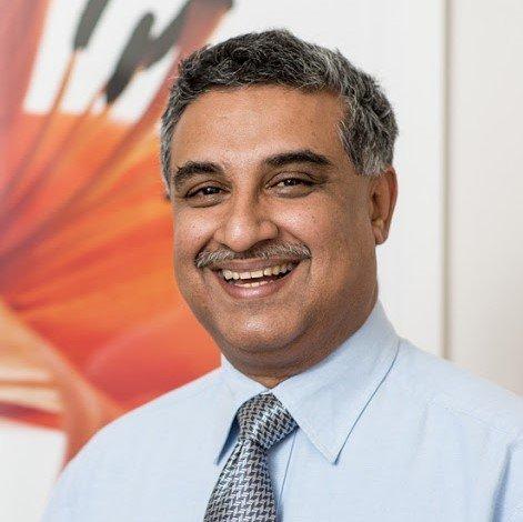 dr nitish surathu institute of digital dentistry instructor iDD Online